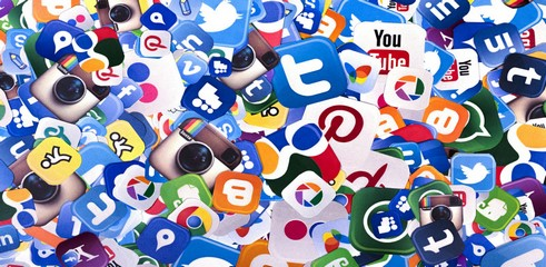 Les commerçants ignorent les requêtes social media top